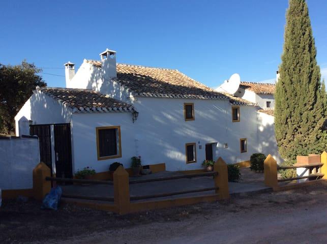 Charming Spanish house. - Villanueva del Trabuco - Hus
