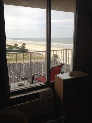 On the Beach! Daytona Beach Shores - Daytona Beach Shores - Boutique-hotell