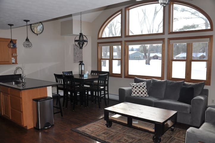 Gorgeous 3BR Resort on Golf Course near Loon! - Woodstock