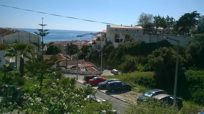 T2 - 3m a pé da praia e do centro\on foot to beach - Sesimbra - Apartamento