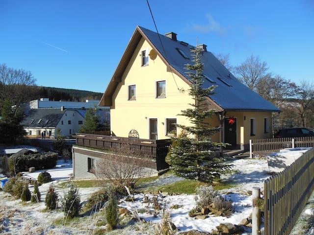 Erzgebirge, Natur und Sport - Sehmatal - Lägenhet