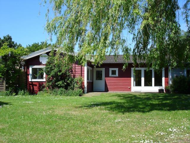 Ferien im skandinavischen Holzhaus - Dörphof