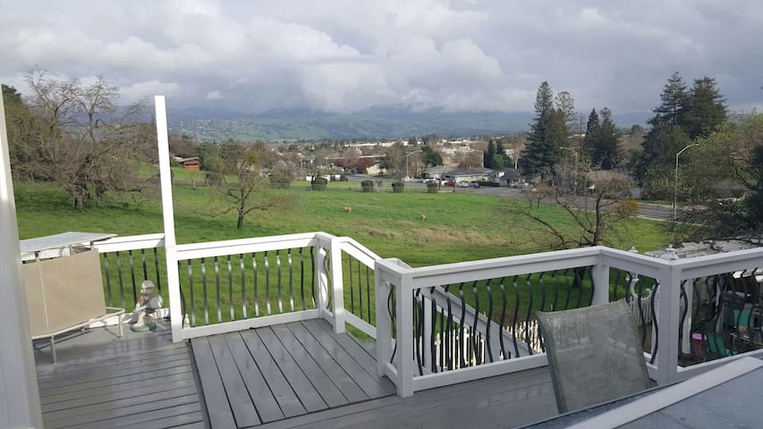 Great room great view for you - Morgan Hill