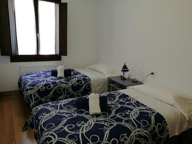COMFORTABLE DOUBLE ROOM!(BLUE) - Estella - Apartamento