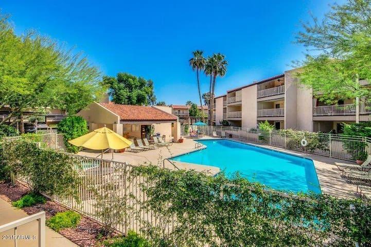 Peaceful Phoenix Condo - Phoenix - Appartement en résidence