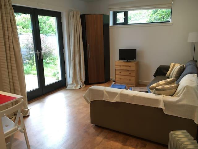 Modern Studio Flat - Stonehaven - Lägenhet