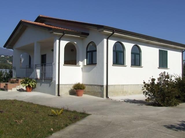Villa Daiana appartamento 2 - Marina di Casal Velino