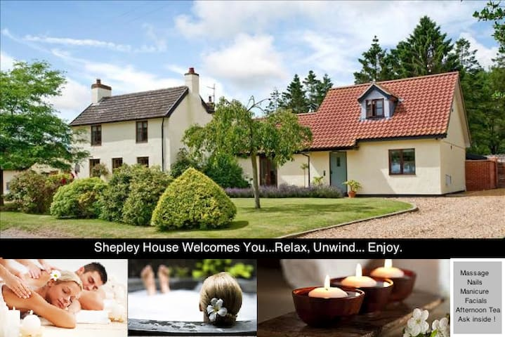 5/6 bed with woodland, pool,hot tub & open fire - Norfolk - Maison