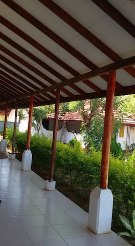 Mullaitivu -Guest House for Rent with A/C& Non A/C - Mullaitivu - Casa