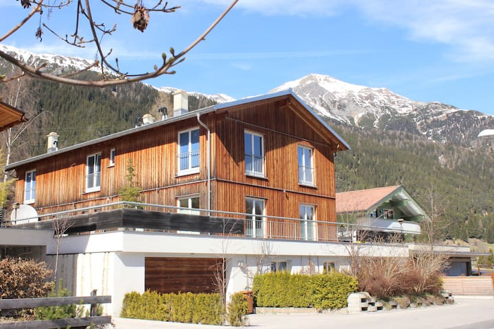 Beautiful apartment with mountain view - Sankt Anton am Arlberg - Daire