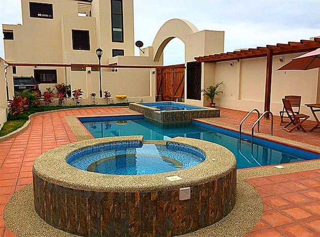 LUXURY PACIFIC BEACH HOME - Villa#2 - Puerto Cayo - Willa