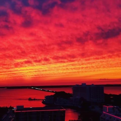 1rm in Condo w/ views - Ocean City - Apto. en complejo residencial