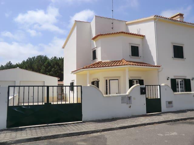 Portugal Maison de vacances   sur la côte d'Argent - Olho Marinho - Huis