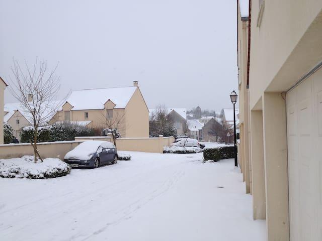 Maison récente proche de versailles - Chavenay - Casa