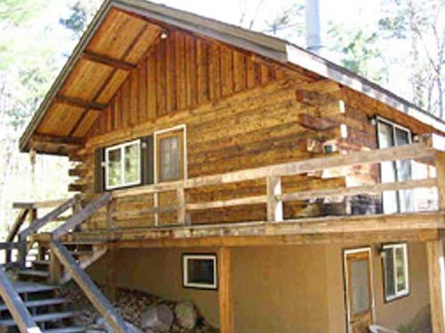 Scenic Point Retreat Log cabin - Jay - Cabaña