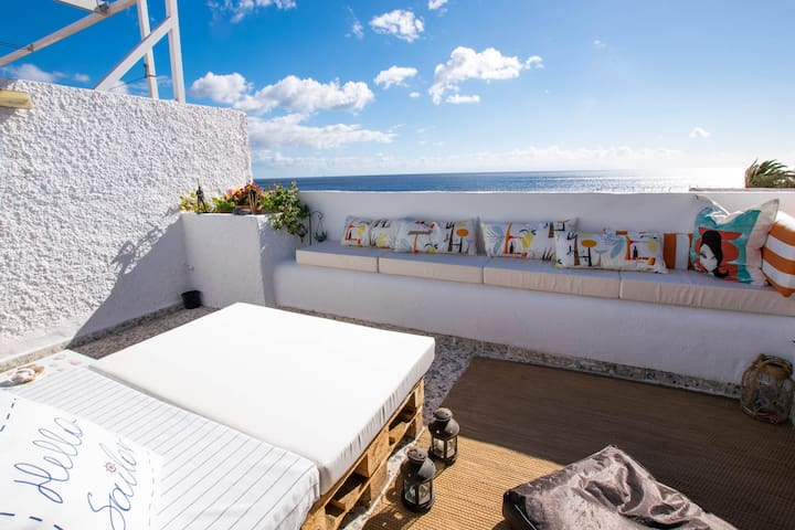 Magical spot in front of the ocean + 300Mb WIFI - Candelaria - Leilighet