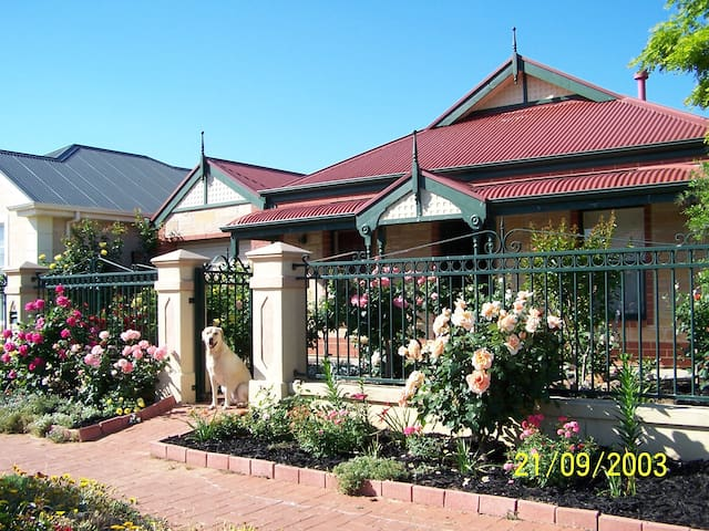 Cottage Green, 5 mins from Adelaide City! - Brompton