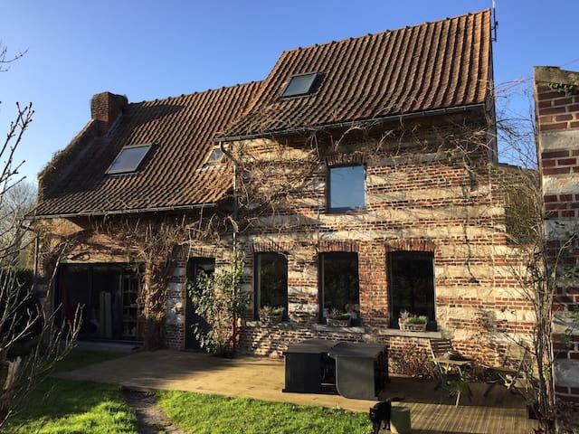 Maison de campagne à 2 pas de Lille - Péronne-en-Mélantois - Hus