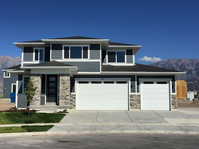 Newly Constructed Luxury Home - Orem - Haus