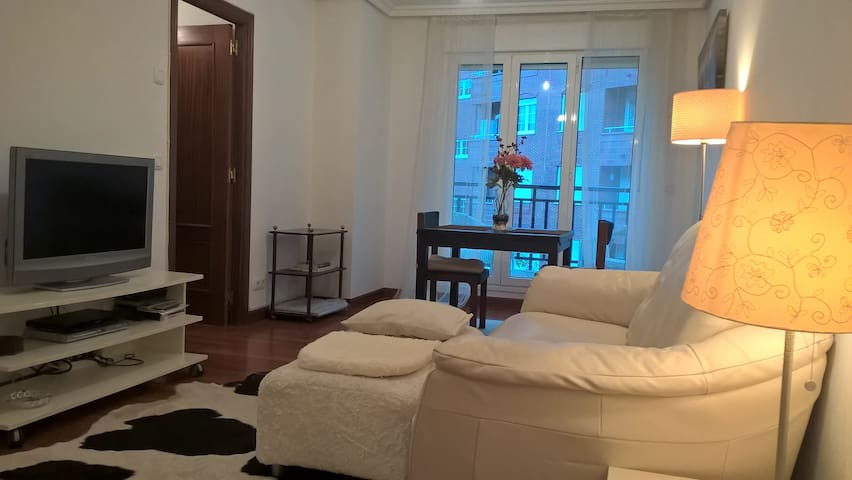 Apartment in Castro. 2Room 2B. Swimming pool. - Castro Urdiales