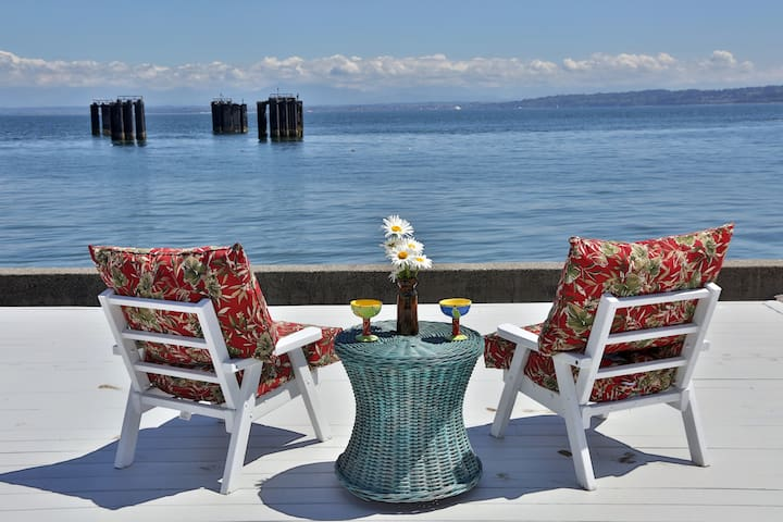 Whidbey Island Beach Paradise Home, Hot Tub, BBQ - Clinton - Haus
