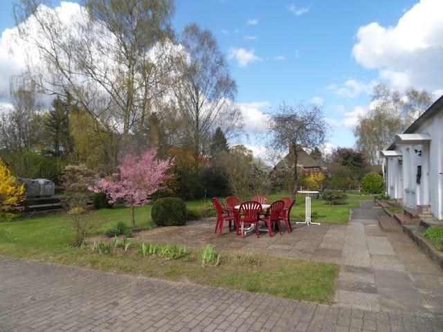 Ferienwohnung 9km östlich von Lüneburg - Rullstorf - Appartement