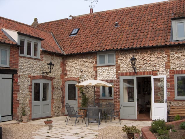 An idyllic 2 night coastal location - Norfolk - Bed & Breakfast