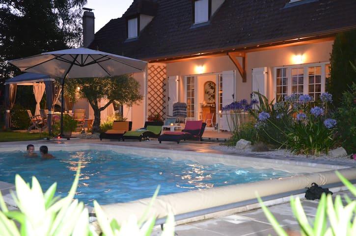 Maison Béarnaise avec Piscine proche PAU PYRENEES - Sauvagnon - Ev