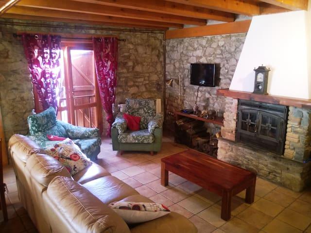 Borda Restaurada en Vall d'Arant - Les - Hus