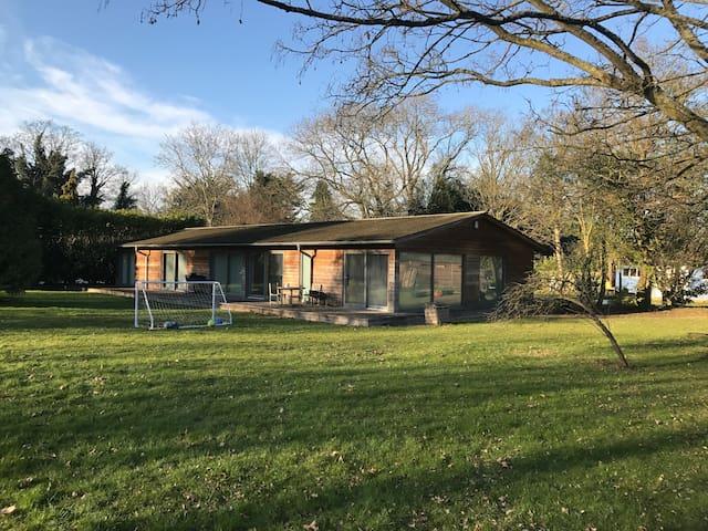 The perfect retreat close to London and Heathrow - Denham - Hus