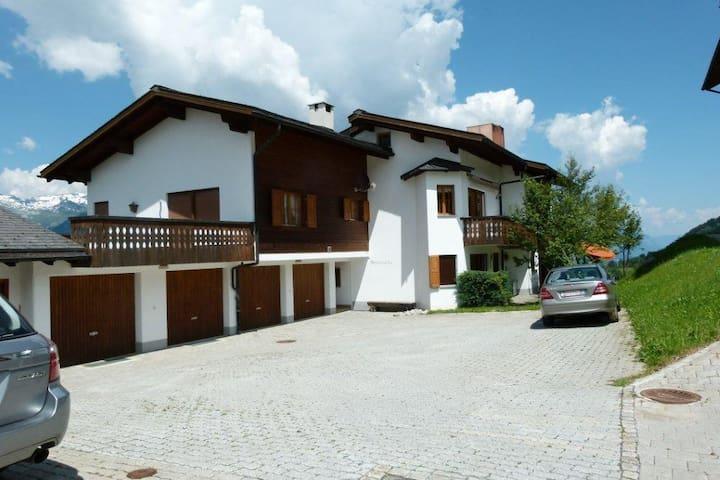 Ferienwohnung Spinatscha in Miraniga Obersaxen - Obersaxen - Daire