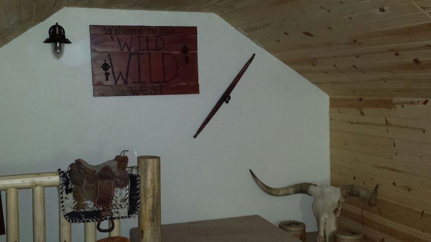 Wild,Wild West Experience - Keystone - Pis