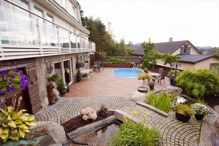 Charming apartment (80 m²). Jæren - Kvernaland - Дом