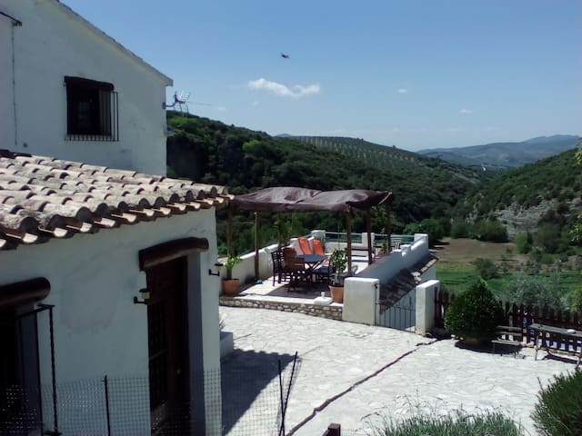 The Corner House - Cosy Cottage in Andalucia - Trujillos - Hus