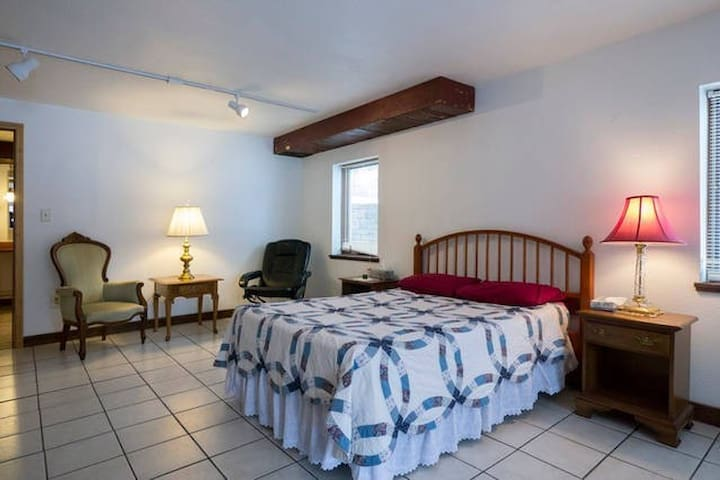 1 Brm Home: Great Beds; On-Site Laundry;Private - Coatesville - Casa