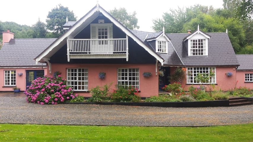 Glendruid, Annamoe Close to Glendalough - Annamoe - Bed & Breakfast