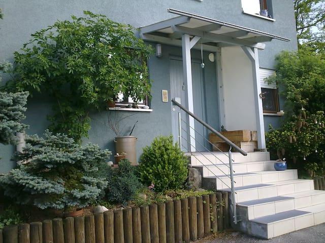 Die Pension in Eltmann - Das Balkonzimmer - Eltmann - Casa