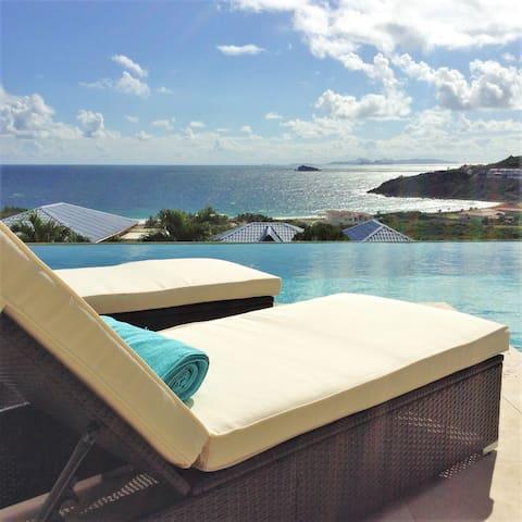 """Amazing """"Ocean-view Suite"""" at Oasis Retreat - Upper Prince's Quarter - Apartament"""