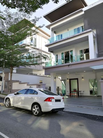 Luxury Modern designer house with 6Rooms - Ampang - Rumah