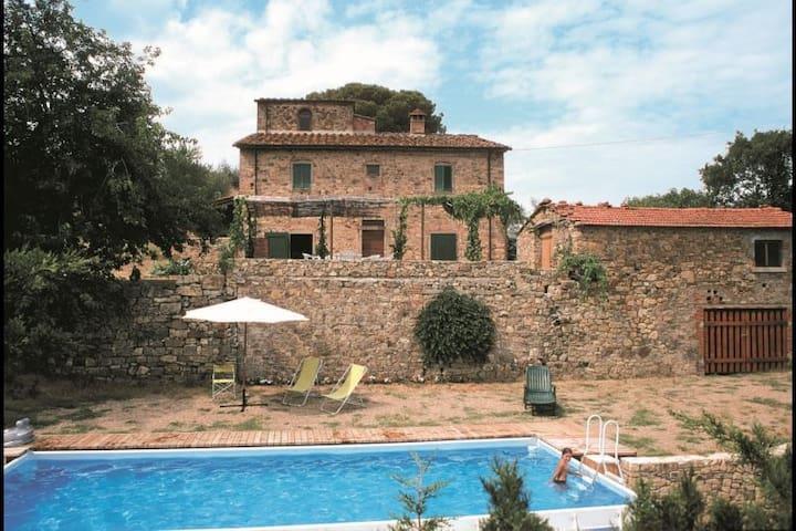 CASA ROSSA - Capolona - House