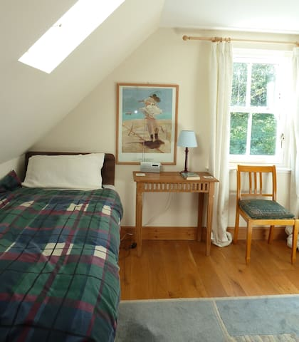 Spacious Family Room with adjacent bathroom - Comrie - Bed & Breakfast