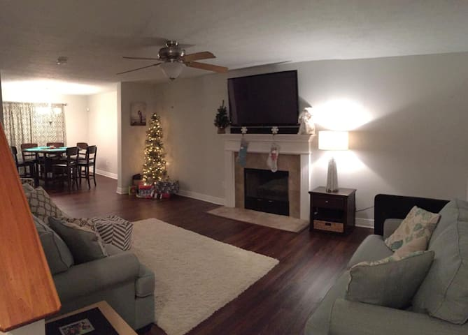 $155/nt Beautiful!! Close to GEORGETOWN COLLEGE! - Georgetown - Casa