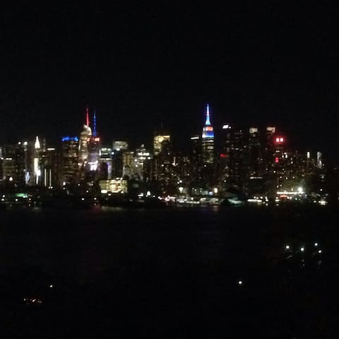 NYC Time Square in 10 minutes - Weehawken - Departamento