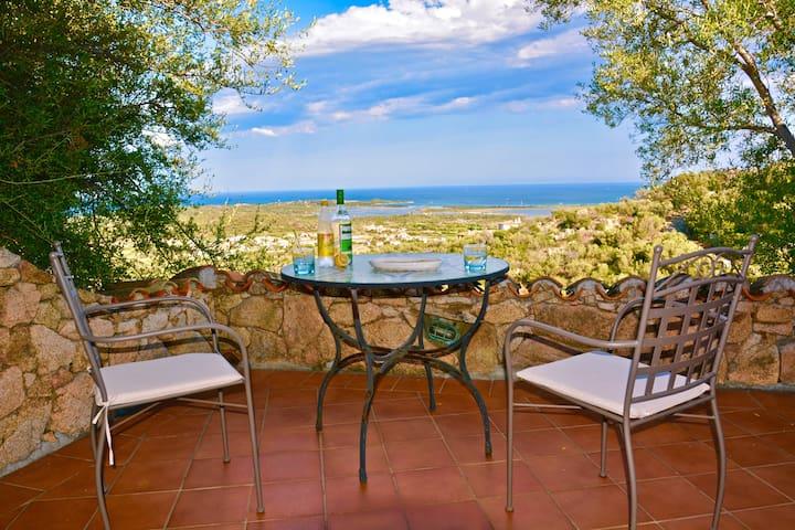 Casa di charme panoramica adatta per due persone - Lu Fraili di Sopra - Vakantiewoning