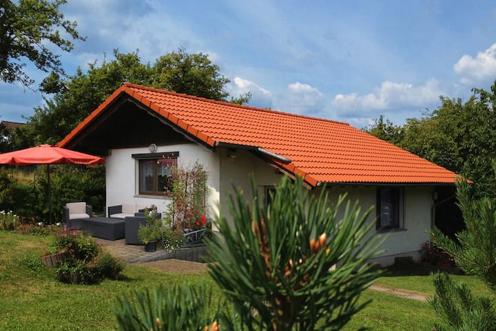Holidayhome with beautiful garden - Waltershausen - Bungalow