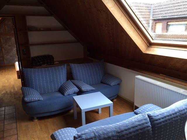Gemütliche 2-Zimmer-Wohnung - Bornheim - Wohnung