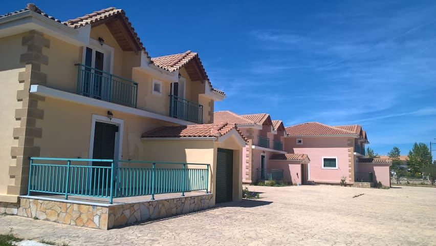 YANNIS COTTAGE HOUSE - Agios Kirikos - Condominio