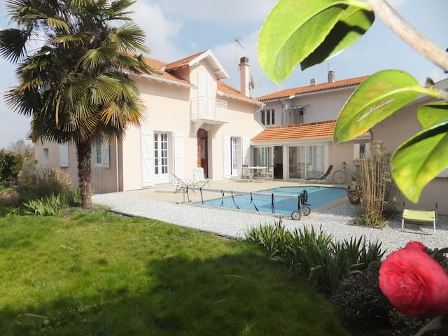 CHAMBRE + SALLE DE BAIN - Pau - Rumah