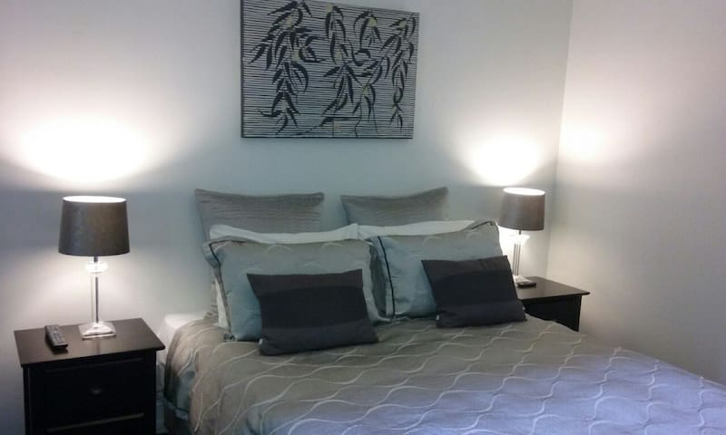 Woods Sherbrooke Forest Suite - Sherbrooke - Appartement