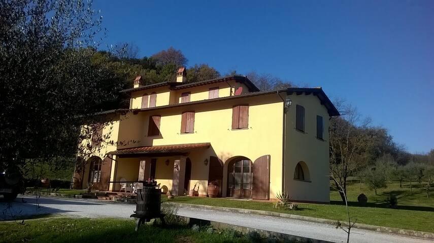 Casolare di Capilato - Santa Maria a Monte - Villa